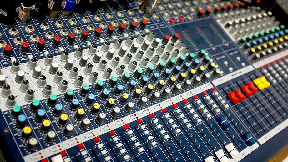 佛山好运精密合金电阻变频器行业应用案例